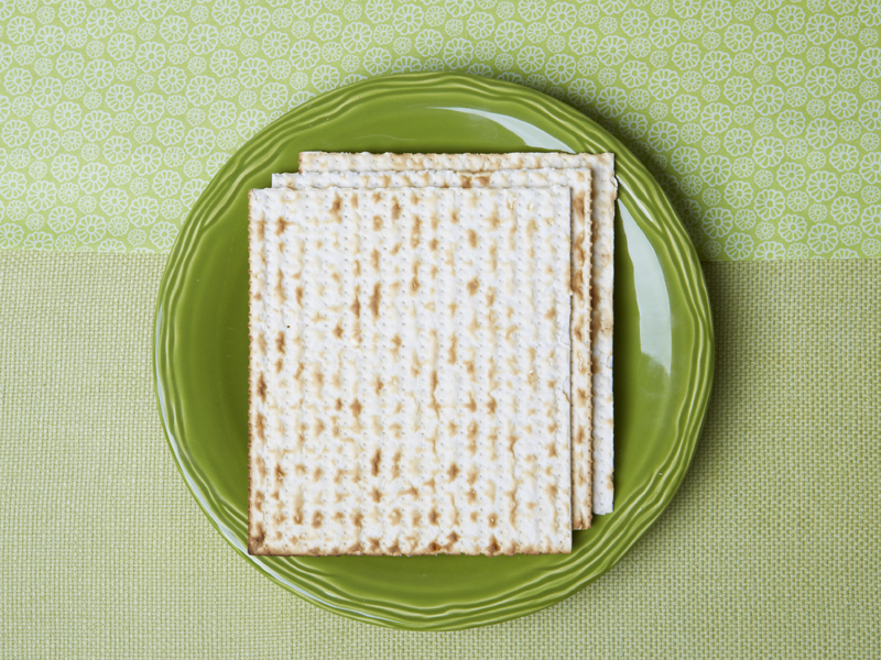 matzo_staggered_plate