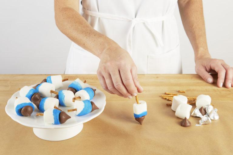 Marshmallow Dreidels Step 6